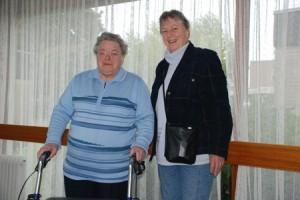 Louise Roelofs haalt mevrouw op in Nicasiushuis